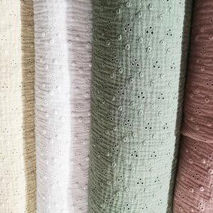 Bambula o doble gasa de colores lisa y bordada