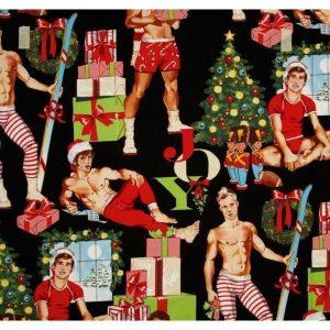 Chicos con regalos de navidad