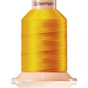 Cono de hilo amarillo (106) de Tera 80 (2400m -poliester)