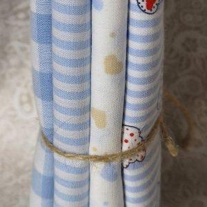 Pack de 4 fat quarters con motivos variados en azules