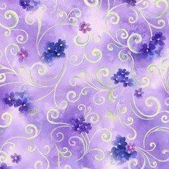 Tela de flores moradas sobre lila. Quilting treasures