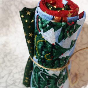 Pack de telas variadas en azules, verdes y blancos (Unos 70 cm aprox.)