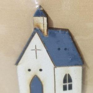 Botón de casa blanca de madera de 7 ventanas