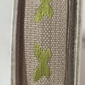 Rollo de cinta decorativa en granate de 2m.