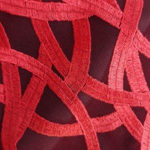 Tela de encaje Broadway en rojo