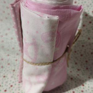 Restos de telas rosas infantiles (0,75cm apr.)