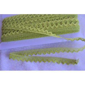 Puntilla verde pistacho de algodón de1cm