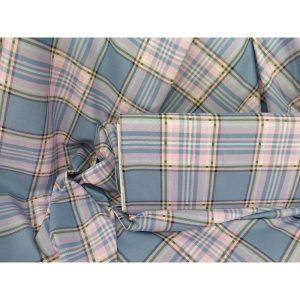 Cuadros escoceses en azul de 1.50 de ancho