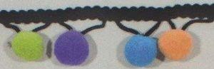 Madroños de colores grandes sobre tira negra
